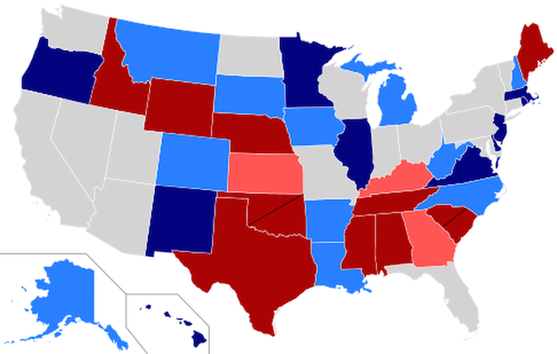 Light blue = Heavily contested Democratic-held seat. Light red = Heavily contested Republican-held seat. (Credit: Wikimedia)