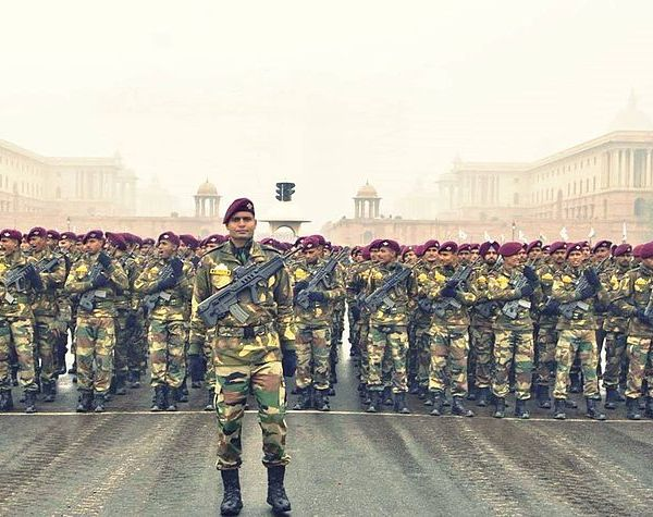 Indian Paratroopers on parade. (Credit: Wikimedia)
